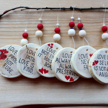 Country wedding decor Rustic wood slice Bible verses on wood 1 Corinthians 13 Wedding table decorations in red Set of 6 Wedding gift