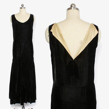 Vintage 20s Velvet Evening Gown / 1920s Black Velvet & Ivory Satin Dropwaist Mermaid Hem Formal Dress