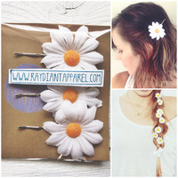 3 Daisy Flower Hair Bobby Pins Woman's Summer Hippie Boho Hair Accessories