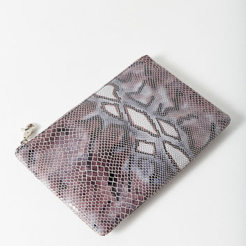 Joey Pouch | Urban Outfitters