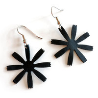 Black rubber daisy earrings handmade from recycled bicycled inner tube , black rubber flower jewelry , eco chic vegan leather earrings