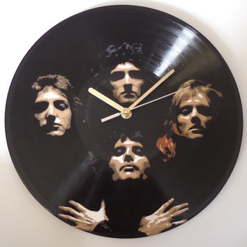 The Queen vinyl clock