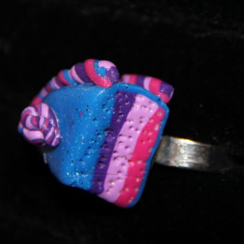 Handmade Polymer Clay Cake Ring, kawaii cookie jewelry, miniature dessert jewelry, realistic food jewelry