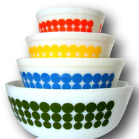 Rare Mint Vintage Full Set New Dot Pyrex Mixing Nesting Bowls Mod
