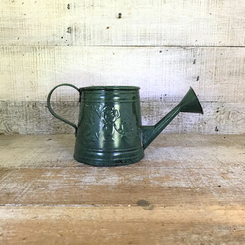 Watering Can Rustic Watering Can Green Watering Can Water Can Planter Farmhouse Chic Watering Can Flower Pot Garden Decor Cottage Chic