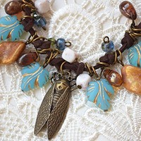 Charm cascading necklace Cicada jewelry Bohemian Leaf woman jewelry gift for her Insect jewelry Bug Girlfriend gift Birthday gift Boho chic jewelry Beach jewelry Nature lover gift Boho jewelry