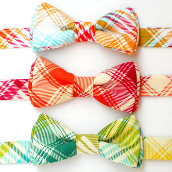 Boys bowtie, plaid bowties for toddlers, baby bowtie, green plaid bowtie, wedding bowties for men, groomsmen bowties, ring bearer bowtie