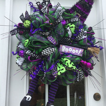 Wicked Witch Wreath, Halloween deco mesh wreath, Halloween wreath,Witch Halloween wreath, witch wreath, witch boots, witch hat wreath