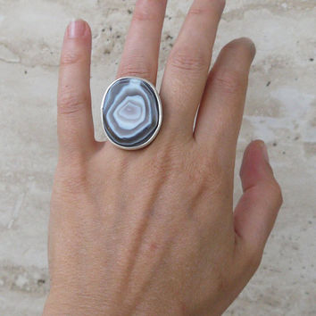 ON SALE Sterling silver ring with brown agate.- Adjustable ring -  Multicolor agate stone - Large ring - Size 6US To 8Us.
