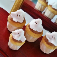 Halloween miniature muffins ghosts / Halloween pumpkin treat scale 1:12 / Dollhouse food scale one inch food / miniature fake food