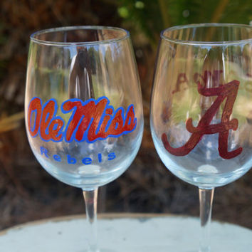 College Sports Fans Custom Glasses -  Hand Painted Beer Glasses