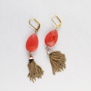 Vintage Dangle Tassel Earrings - Faceted Coral Pink Howlite Stone, Leaverback Clasp, Teardrop Bead, Gold Tassle