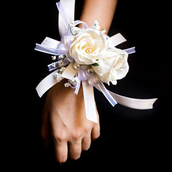Ivory Rose Wrist Corsage,Prom Corsage,Wedding Corsage,Mother of Bride,Bridesmaid Corsage,Dance,Formal,Bridal Shower,Reception