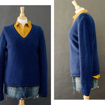 Vintage 80s Sweater, Preppy Pull Over Sweater, Black & Blue Sporty Sweater, Cotton V Neck Sweater, Winter Sweater, Women's Size Medium