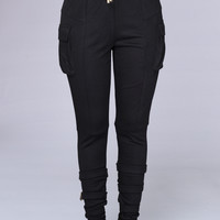 Unhinged Jogger - Black