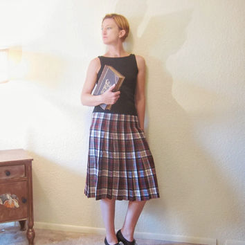 British Wool Robert Kirk Plaid Pleated School Girl Skirt. Red & Green. Librarian. Size S.