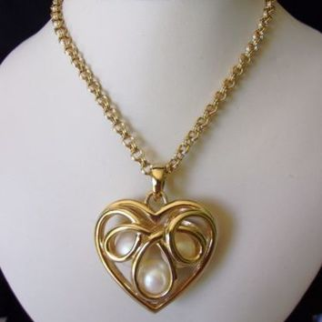 ERWIN PEARL Jewelry Art Deco Heart Pendant Necklace Pearl Gold Plate Glass