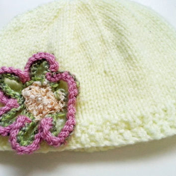 Lemon Yellow Baby Hat // Crochet Flower & Beads