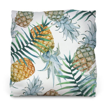 Population: Pineapple Throw Pillow