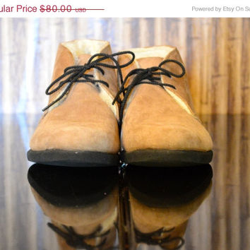 On SALE DESERT BOOTS: Vintage Ankle Boots / Shearling Lined Boot / Nubuck Suede Boot / Lace Up Ankle Boots / Fur Lined Ankle Boots / Granny