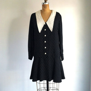 Black and White Polka Dot Dress Drop Waist Pointed Collar Vintage Young Edwardian 60s Mod Dress M
