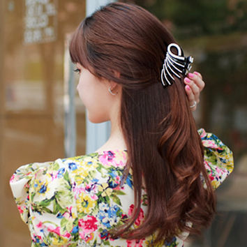 Elegant Peacock Hair Accessories for Women Girls Hairpin Unique Hair Grip Claws Clips Ponytail Hold Black Color 8.4cm Long HC50