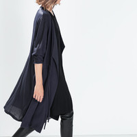 Flowy gathered coat with belt