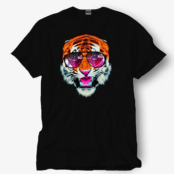 Tiger design shirt, Starbucks shirt, Hot product on USA, Funny Shirt, Colour Black White Gray Blue Red