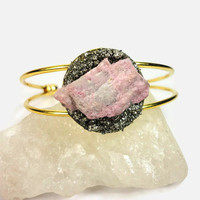 Rhodonite and Pyrite Gold Cuff Open Bangle Bracelet/Modern Boho Bangle/Raw Rhodonite/Raw Crushed Pyrite