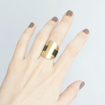 Black and Gold Jewelry - Black and Gold Medallion Ring