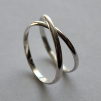 Criss Cross Silver Ring Size 9