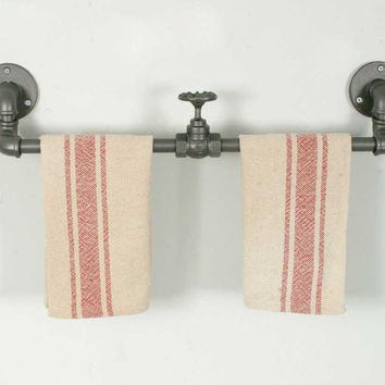 CTW Home Collection - Industrial Towel Rack with Valve