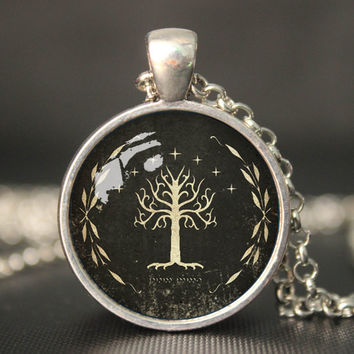 """Lord of the Rings pendent Necklace """"The white Tree"""", White Tree of Gondor, Movies Jewelry, Vintage Jewelry,vintage pendant necklace"""