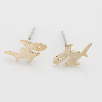 Gold Cute Tiny Shark Earring Jewelry Gold/Silver Plated Shark Earrings Stud Unique Earrings Jewelry for Women