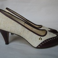 Vintage 1960s linen and faux leather spectator pumps heels - 8.5 M