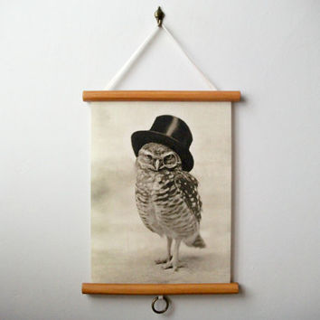 "Mini Printed Fabric Vintage Style School Chart with Wood Trim - Top Hat Owl (9"" x 12"")"