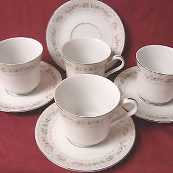 Fine China of Japan, Dinnerware Carleton pattern #6215 set 4 cup and saucer(s)