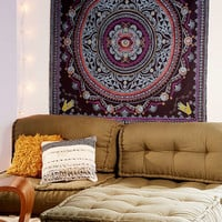 Nerita Medallion Tapestry | Urban Outfitters