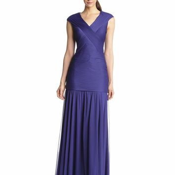 Adrianna Papell - 09G890440 Crisscrossed Ruched Bodice Trumpet Gown