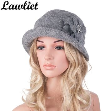 Winter Hat for Women 1920s Gatsby Style Flower Warm Wool Beret Winter Cap Ladies Beanies Church Hats Cloche Bonnet Femme Fedoras