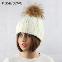 2017 Fashion Women's Winter Raccoon Fur Hats 100% Real 15cm Fur Pompom Beanies Cap Female Hat