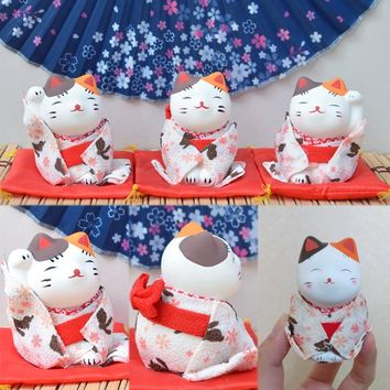 Lucky Cat Figurines Japanese Kimono Maneki-Neko Gypsum Ornaments 3Pcs/Set