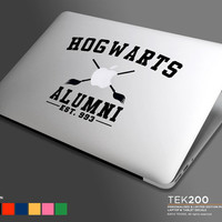 Hogwarts collegiate style logo Macbook sticker. Harry Potter Die cut vinyl decal for Macbook Air Pro and Retina display 015 back to school