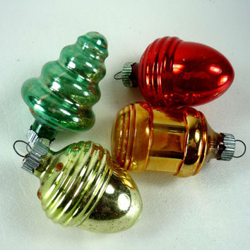 Vintage Shiny Brite Christmas Ornaments Tree Acorn Bulb Shaped Silvered Mercury Glass Red Green Gold Set of 4