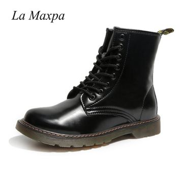 La MaxPa Dr. Martens Women's Pascal Leather Combat Boot Patent Leather Boots Black Smooth Leather Lace-Up Punk Military Boot
