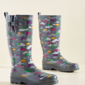 More Showers To Ya! Rain Boot in Umbrellas | Mod Retro Vintage Boots | ModCloth.com