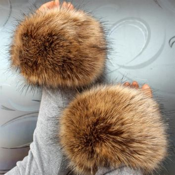 Luxury Style Women Faux Fox Fur Gloves Warm Plush Hand Sleeve Ring Wrist Mittens Fashion Winter Warmer Cuff Oversleeps Accessory