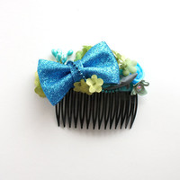 Electric Blue Shark Week Magpie Party hair comb // blues and greens