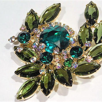 Vintage Juliana DeLizza Elster D & E Rhinestone Brooch Verified D E Mid Century 1960s Hollywood Emerald Green AB Aurora Borealis Wedding
