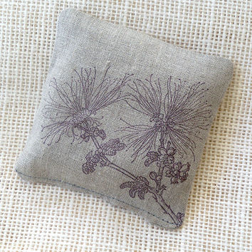 Lavender sachet with fairy duster buds, in natural linen